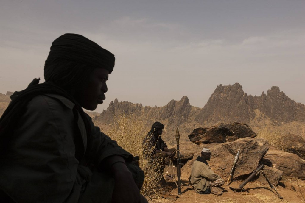 """© Adriane Ohanesian """"Members of the rebel group, the Sudan Liberation Army, led by Abdul Wahid (SLA-AW), defend a mountain from the Sudanese government forces in Central Darfur, Sudan, March 4, 2015."""""""