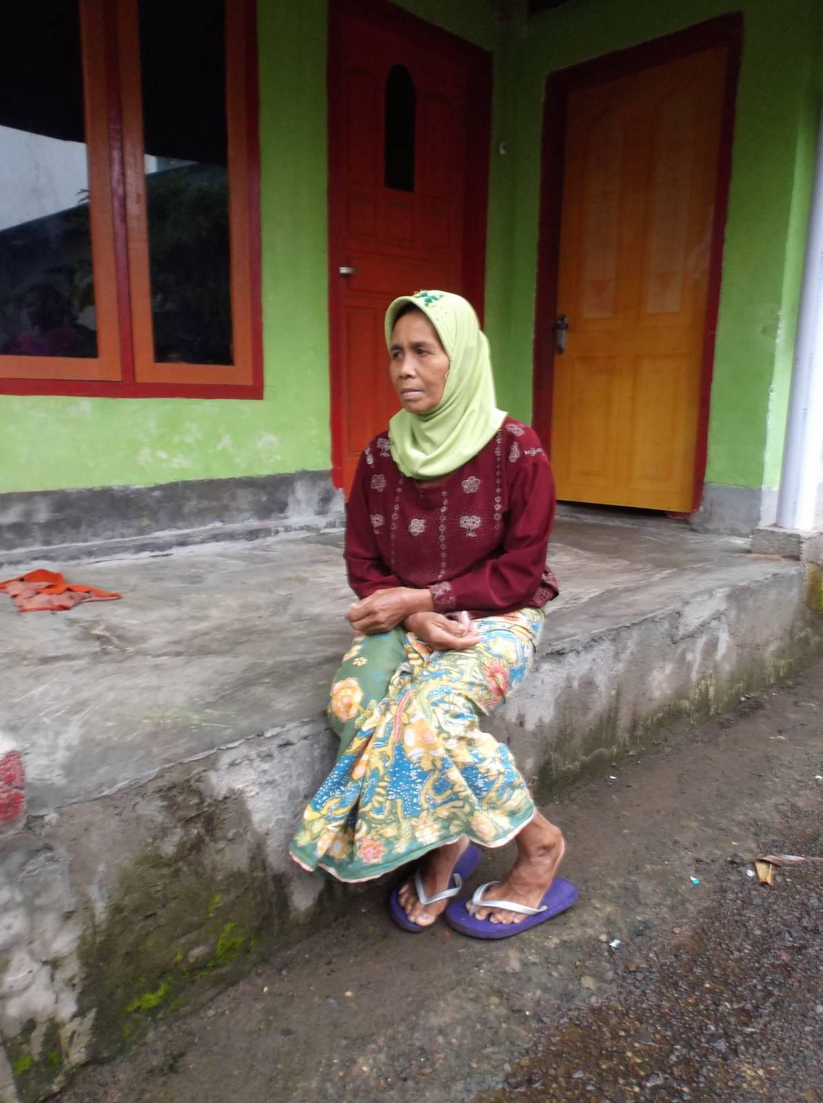 © Aini 2015 | PhotoVoice | Mampu | 'MAMPU' | Indonesia