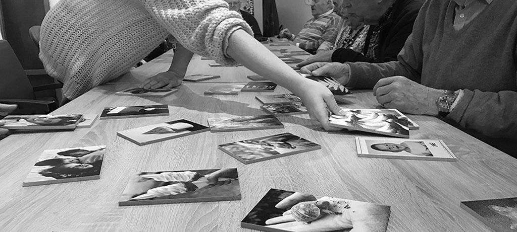 Individual and group intervention based onPhotographic Treatment ©books and photo blocks.