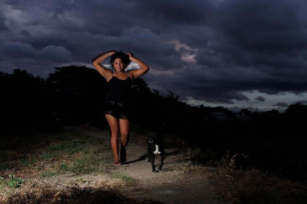© Nelson Morales, Oriana and her dog, 2015. Unión Hidalgo Oaxaca